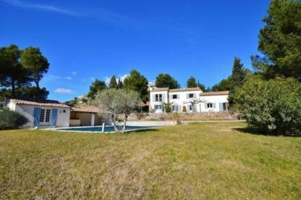 MAUSSANE-LES-ALPILLES - Annonce Maison à vendre6 pièces - 295 m²