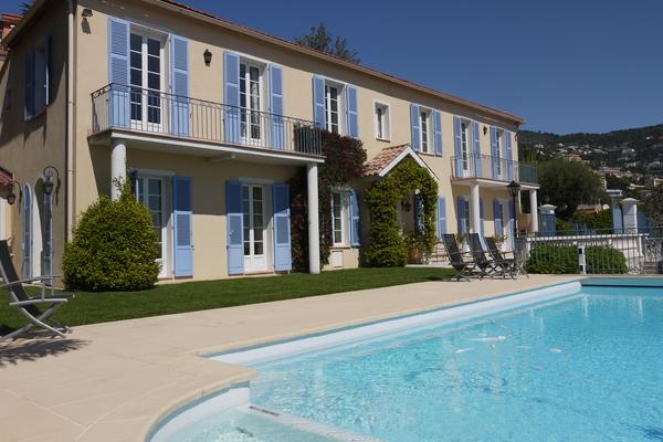VILLEFRANCHE-SUR-MER - Annonce Maison à vendre7 pièces - 350 m²