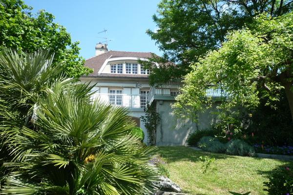 BOURG-LÈS-VALENCE - Annonce Maison à vendre9 pièces - 380 m²