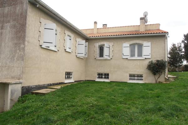 LA ROCHE CHALAIS - Annonce Maison à vendre6 pièces - 120 m²