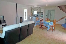APT - Houses for sale