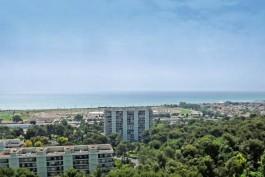 CAGNES-SUR-MER- Appartement à vendre - 5 pièces - 119 m²