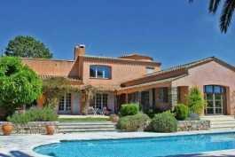 MOUGINS- Maison à vendre - 6 pièces - 250 m²