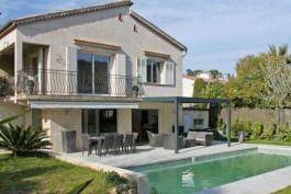 MOUGINS- Maison à vendre - 5 pièces - 180 m²