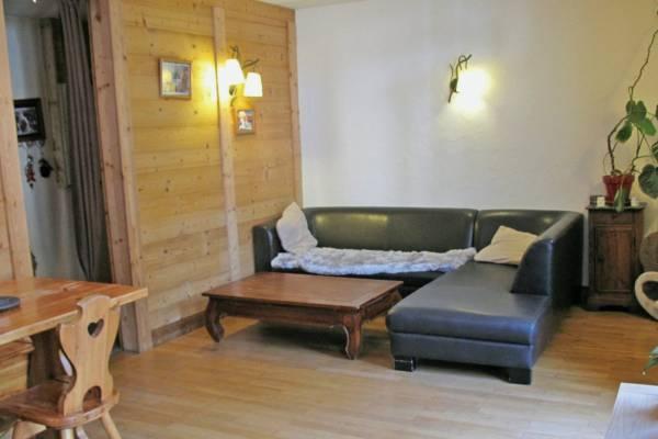 BRIDES-LES-BAINS- Appartement à vendre - 5 pièces - 82 m²