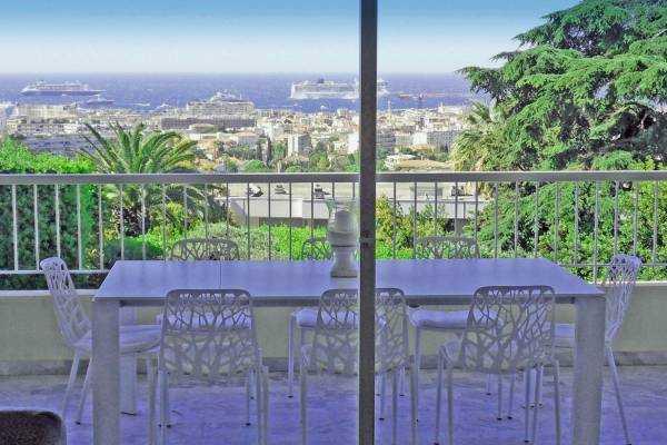 CANNES- Appartement à vendre - 4 pièces - 125 m²