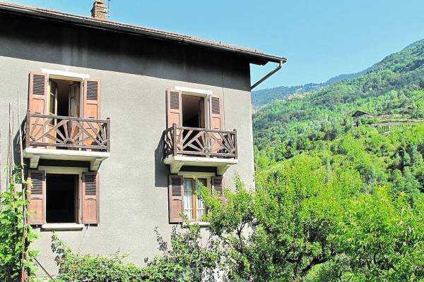 LA PERRIERE- Maison à vendre - 7 pièces - 200 m²