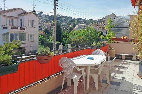 VALLAURIS- Appartement à vendre - 3 pièces - 62 m²