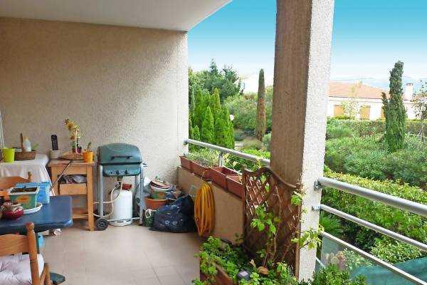 PLAN-DE-CUQUES- Appartement à vendre - 2 pièces - 42 m²