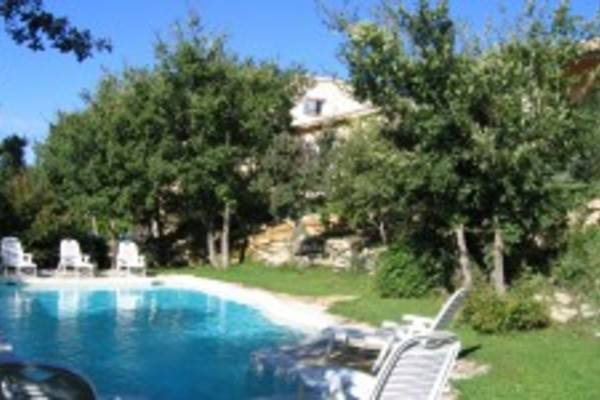 Agence immobiliere pertuis 84 shl gestion conseil 7800 for Agence immobiliere 84