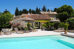 The Upper Vaucluse, Provence in country style