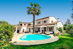 The region around Cannes, a premium market