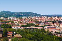 Aux portes de Lyon