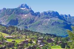 La Clusaz et Les Gets :  stations villages