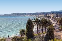 Nice : expansion et contrastes