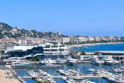 Cannes, a priceless market