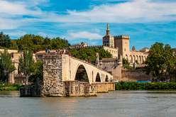 Avignon : an ancient stronghold