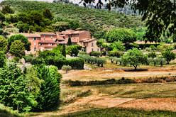 Bouches-du-Rhône :  le marché convoité des belles demeures