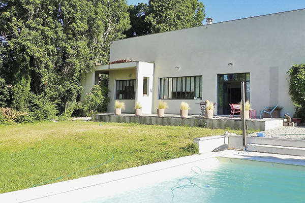Magazine article - Contemporary villas in La Drome