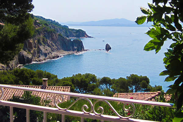 La Côte Bleue, stable prices but limited offerings  - Theme_2189_1.jpg