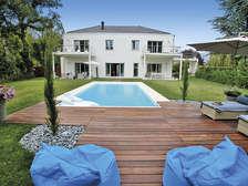 Divonne-les-Bains, on the border wi... - Theme_1407_1.jpg