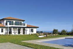 Properties with ocean views on the ... - Theme_1787_3.jpg