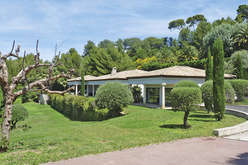 Desirable holiday homes in Cassis - Theme_1946_3.jpg