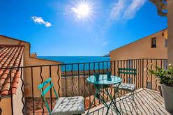 Antibes, a serene property market  - Theme_2221_3.jpg