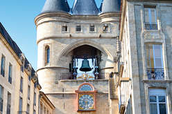 Bordeaux centre, a market of charac... - Theme_2305_1.jpg