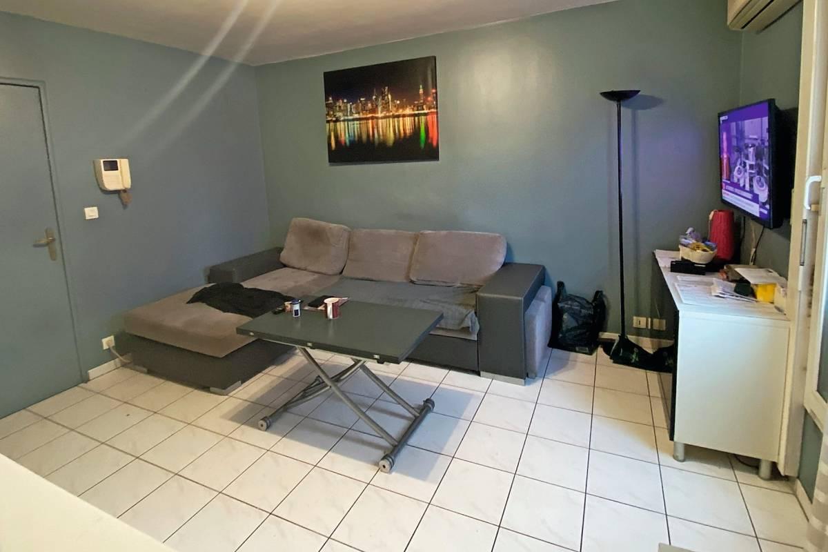 AIX-EN-PROVENCE - Advertisement apartment for sale
