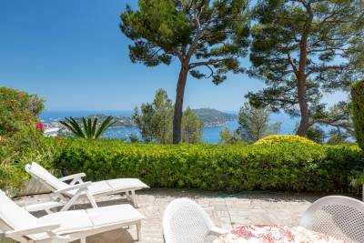 Apartment for sale in VILLEFRANCHE-SUR-MER  - 3 rooms - 85 m²