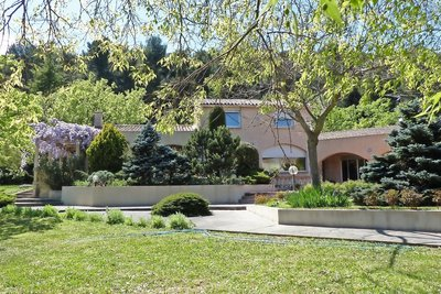 Maison à vendre à AIX-EN-PROVENCE  - 7 pièces - 270 m²