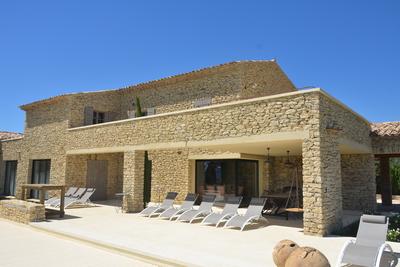 Maison à vendre à GORDES  - 7 pièces - 394 m²
