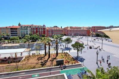 Apartment for sale in NICE LIBERTI-ALBERT 1er - 4 rooms - 102 m²
