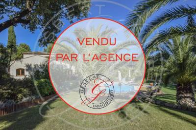 House for sale in DRAGUIGNAN  - 8 rooms - 217 m²