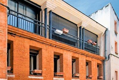 - 6 rooms - 180 m²
