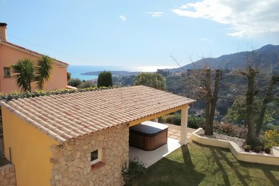 House for sale in MENTON  - 6 rooms - 177 m²