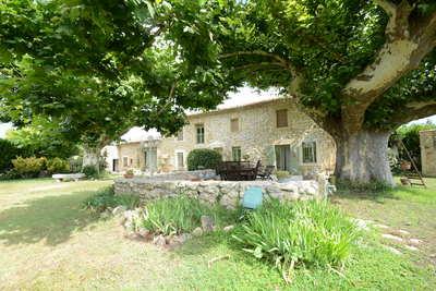Maison à vendre à CAVAILLON  - 7 pièces - 210 m²