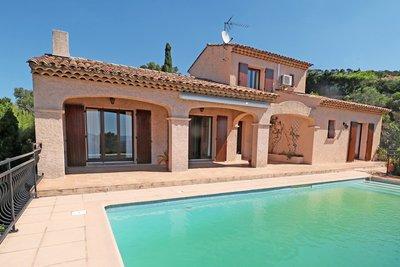 Maison à vendre à ROQUEBRUNE-SUR-ARGENS  - 4 pièces - 120 m²