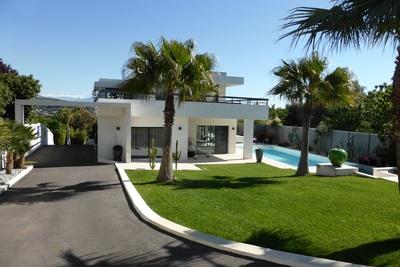 Maison à vendre sea view pool