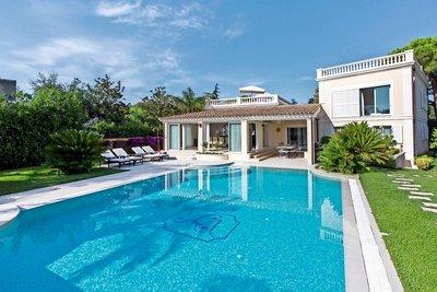 Maison à vendre à ST-JEAN-CAP-FERRAT  - 7 pièces - 460 m²