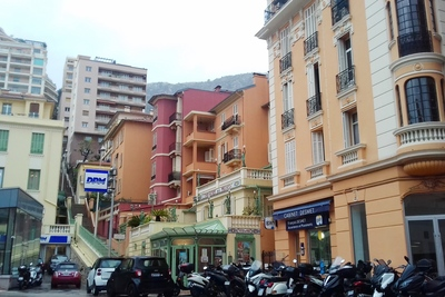 Apartment for sale in BEAUSOLEIL  - 3 rooms - 76 m²