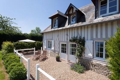 Maison à vendre à BLANGY LE CHATEAU  - 9 pièces - 500 m²