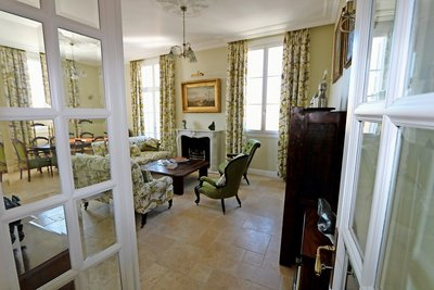 Apartment for sale in BEAULIEU-SUR-MER  - 4 rooms - 106 m²