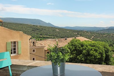 House for sale in ST-SATURNIN-LÈS-APT  - 4 rooms - 165 m²