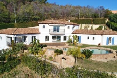 Maison à vendre à MANDELIEU-LA-NAPOULE  - 6 pièces - 290 m²