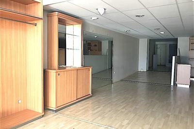 Bien à louer à LA ROCHELLE   - 292 m²