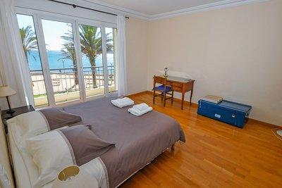 Appartement à vendre à ANTIBES  - 3 pièces - 83 m²