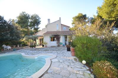 Maison à vendre à CAVAILLON  - 8 pièces - 200 m²