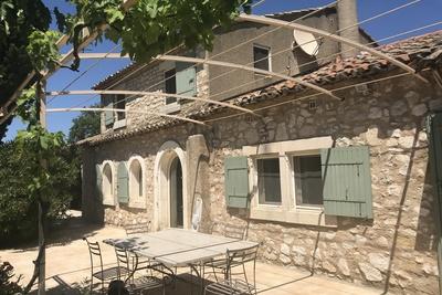 Maison à vendre à EYGALIÈRES  - 5 pièces - 160 m²